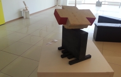 Sculptures and paintings enjoy our eyes at Atrium Gallery