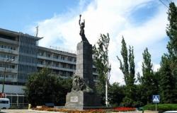 Monumentul Eroilor-Comsomoliști