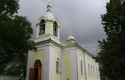 """Церковь """"Святые Воеводы"""" - Бачой"""