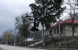 Folk Crafts Museum in village Yurchen (Iurceni)