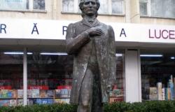 Monument Mihai Eminescu
