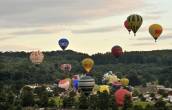 Balloon Festival takes place over the skies of Moldova