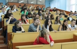 Best Moldovan pupils and students will receive honorary fellowship