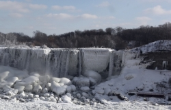 Niagara Falls frozen over for the first time in a hundred years