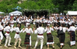 In Moldova there was the 5th National Tourist Festival of Traditions «Duminica Mare»