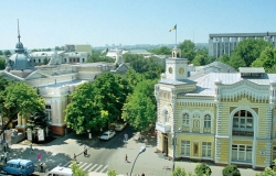 Buildings in Chisinau will be covered only with light colours